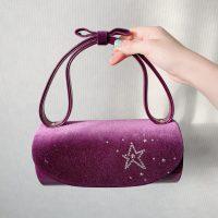 濃い紫に星柄のベルベット素材バッグ