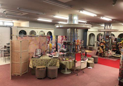 愛知県半田市カネマタ衣裳店2Fの様子