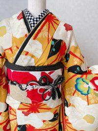 お題 恋をテーマに星野源さんの楽曲「恋」をイメージした振袖コーデ