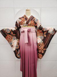 茶色牡丹柄着物ピンクグラデーション袴チョコレートクラシカル