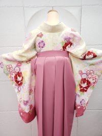 卒業袴クリーム着物ピンク袴 キュート可愛い女性らしい