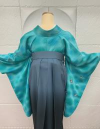 卒業袴青と緑マーブル着物桜刺繍ブルーグレーグラデーション袴 スッキリシンプル渋可愛いコーデ